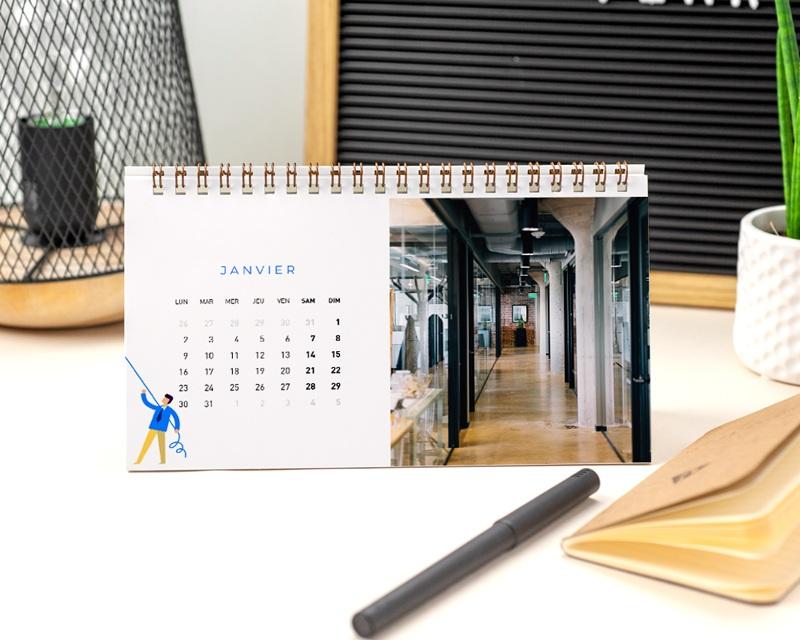 Calendrier entreprise Photos, Multipages, Bâtiment, Isométrique, 20 x 11 cm pas cher