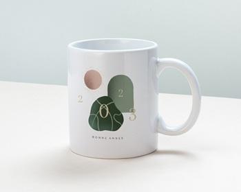 Mug entreprise 2022 personnalisé Trio de formes, Tons nude & vert